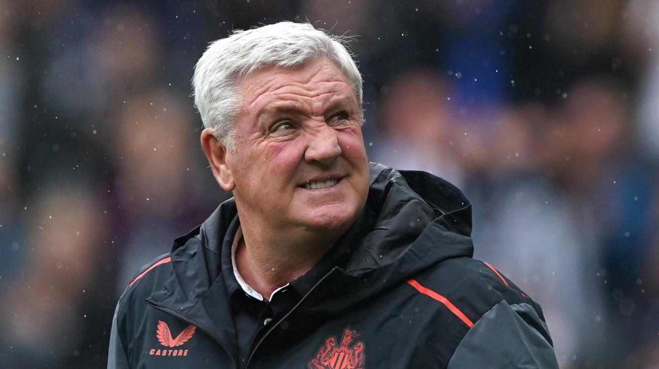 Newcastle l-a demis pe Steve Bruce!